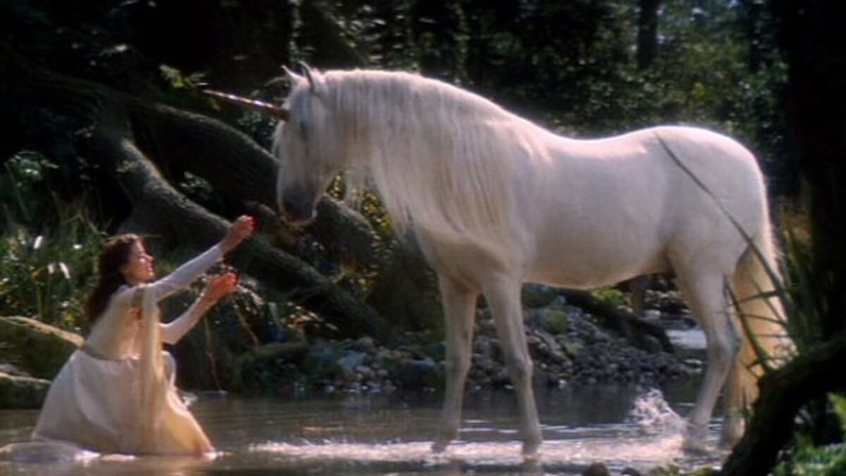 """054485 unicorn1 - O resgate do lúdico infantil em """"A Lenda"""", de Ridley Scott"""