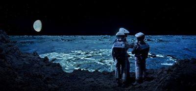 2001 clavius astronauts - 2001 - Uma Odisseia com Infinitas Possibilidades