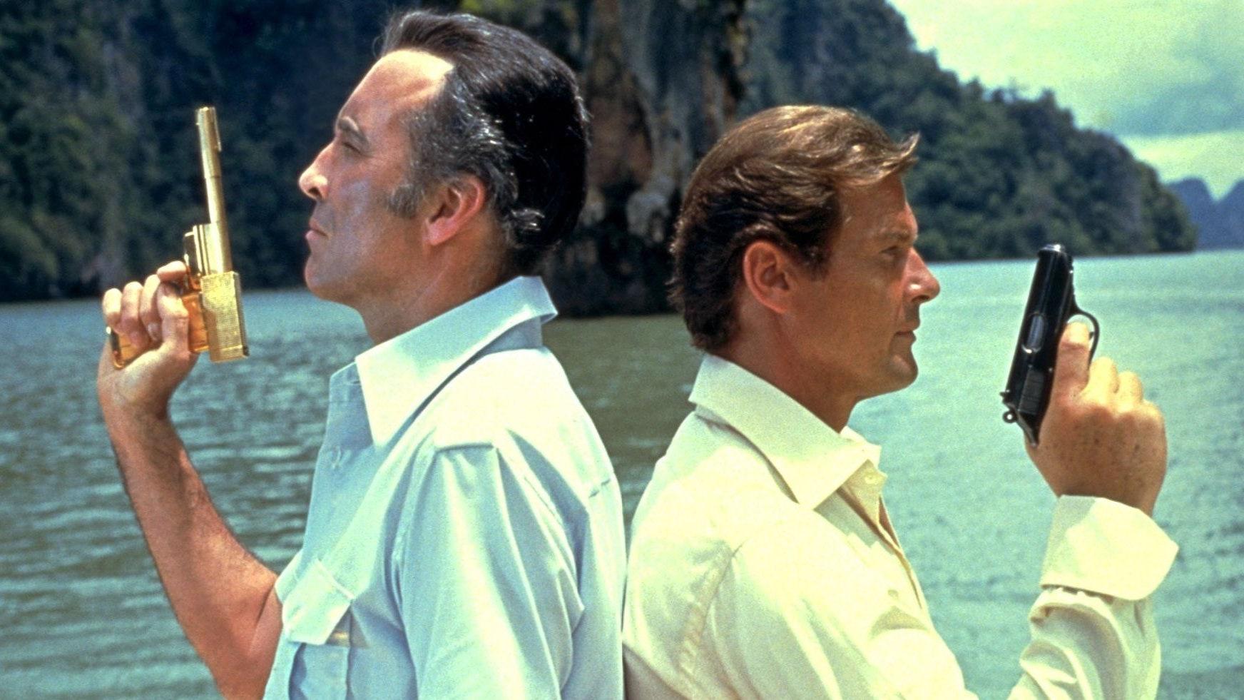 """Bond HP GQ 18May15 rex b - """"007 Contra o Homem Com a Pistola de Ouro"""", de Guy Hamilton, no TELECINE"""
