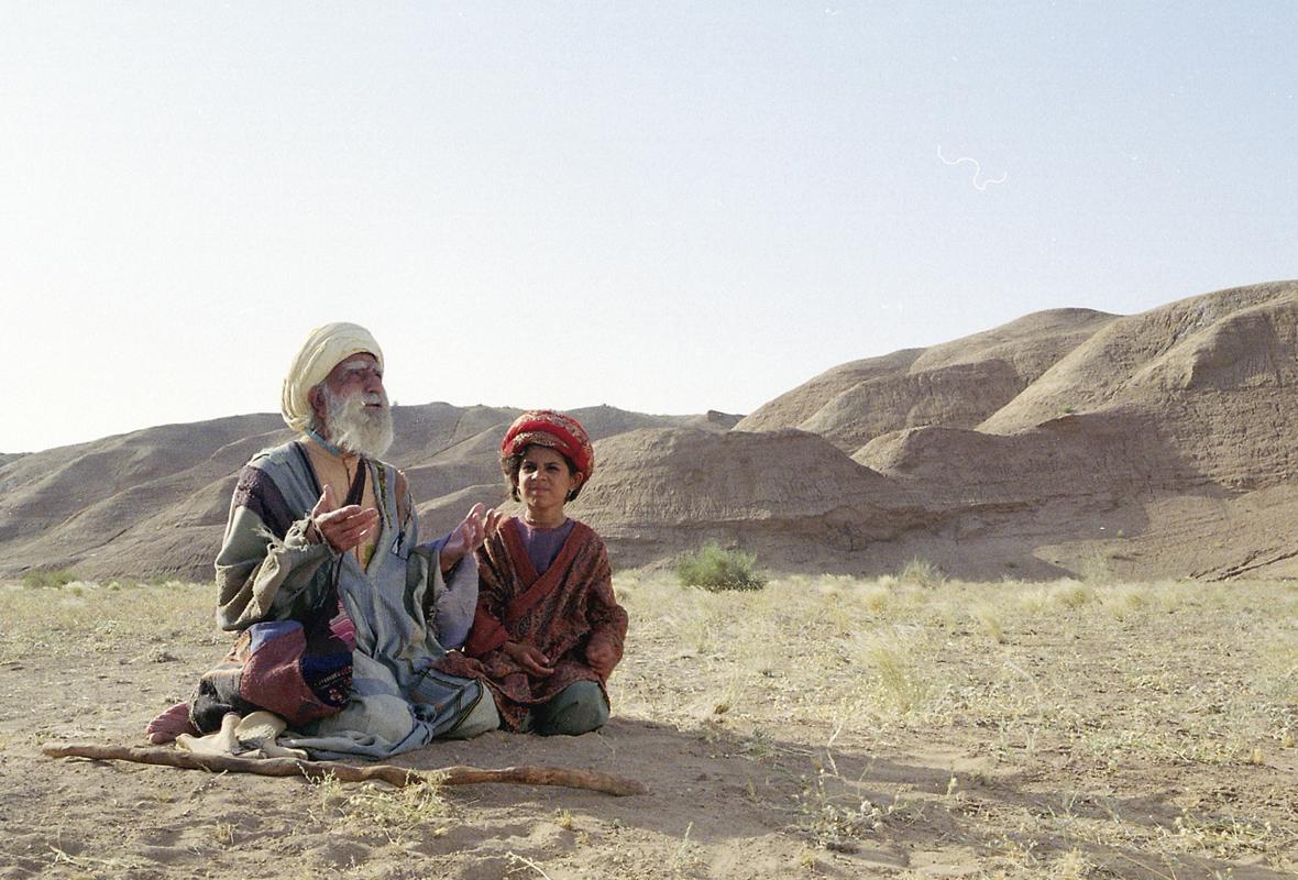 """bab aziz 004 - Tesouros da Sétima Arte - """"Trilogia do Deserto"""", de Nacer Khemir"""