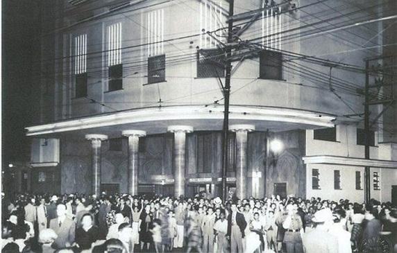 """foto3 - Nostalgia na Fila do """"Cine Carioca"""""""