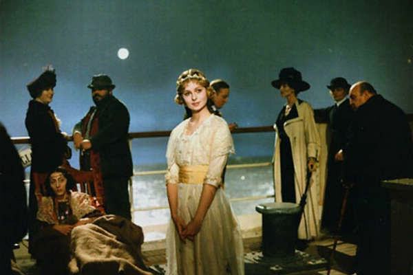 E LA NAVE VA - A Arte do Inesquecível Federico Fellini