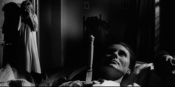 nightmare 1964 movie review hammer horror dead body stabbed janet jennie linden - TOP - 15 Melhores Filmes da Hammer