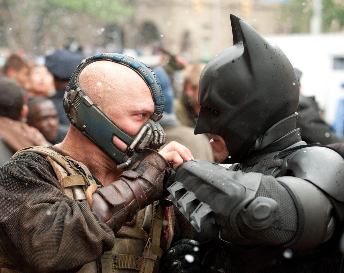 "the dark knight rises bane vs batmanjpg 3cb53cb1d30aa45e scaled - O brilhantismo da trilogia ""Batman"", de Christopher Nolan"