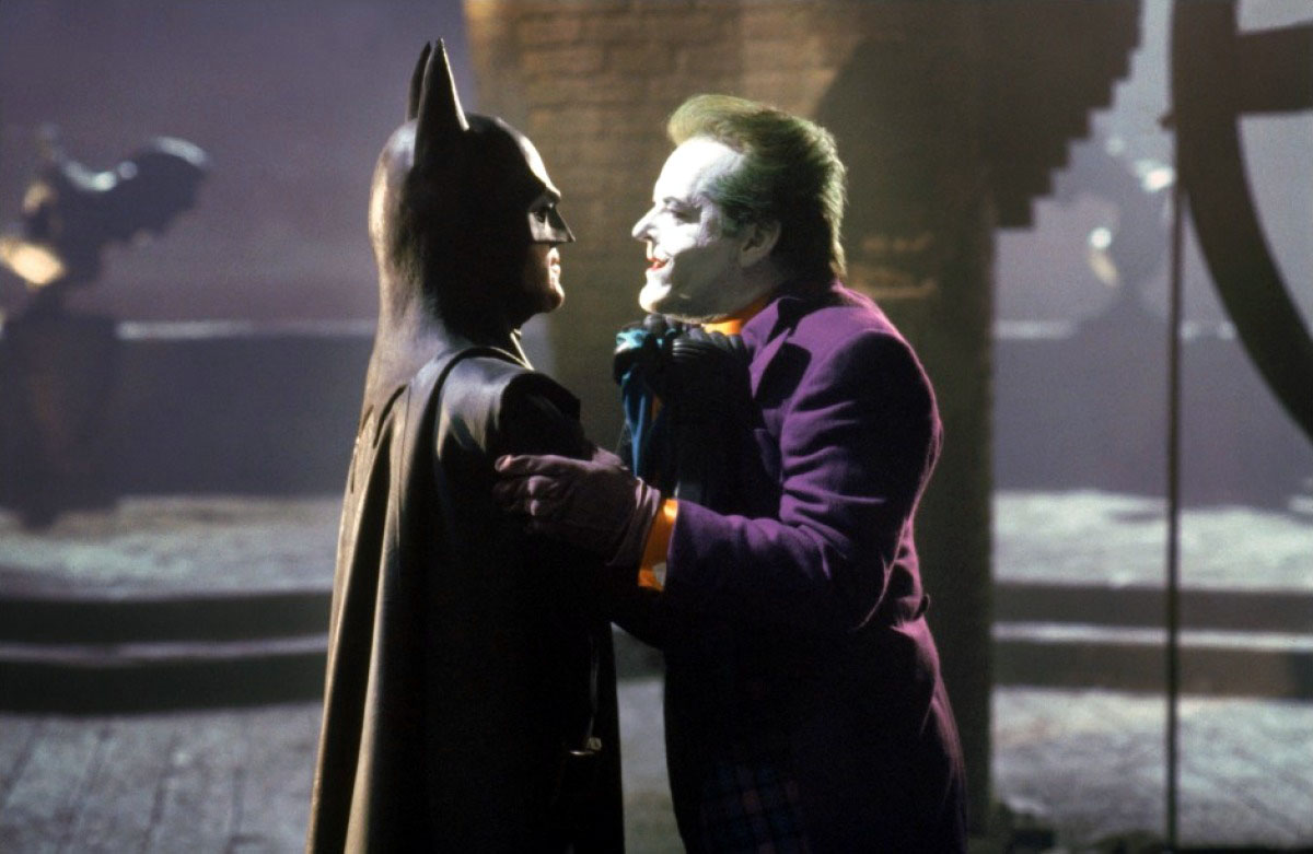 "batman 1989 batman confronts the joker tz4b - ""Batman - O Filme"", de Tim Burton"