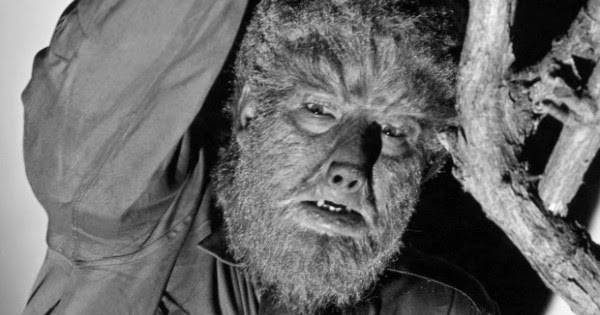 25509 238230 wolfmanbackdropjpeg 620x - TOP - Filmes sobre Lobisomens