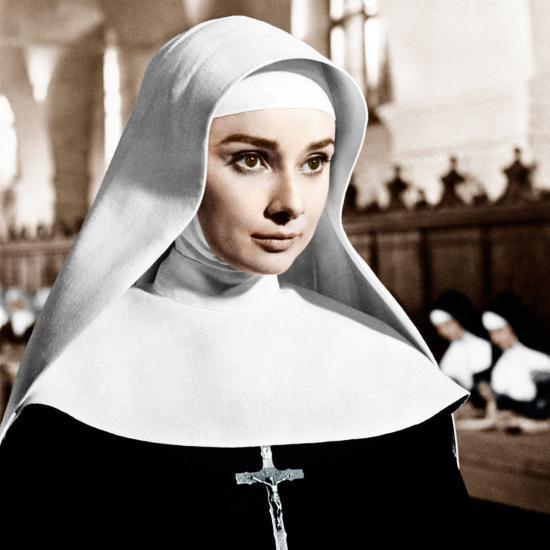 u g PJXS8A0 - A elegância e o caráter da inesquecível Audrey Hepburn