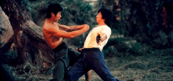 "mad monkey kung fu 1979 001 two men kung fu choreography in the woods - Kung-Fu Fighting - ""A Câmara 36 de Shaolin"" e ""Mad Monkey Kung-Fu"""