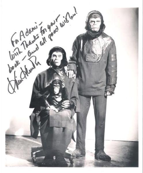 """2c0d135a 89fb 438c 9f00 cb18d5ce7a58 - Entrevista com Saulo Adami, autor do livro: """"Homem Não Entende Nada! Arquivos Secretos do Planeta dos Macacos"""""""