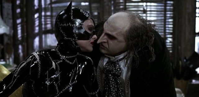 "batman returns catwoman penguin28640x31329 - ""Batman - O Retorno"", de Tim Burton"