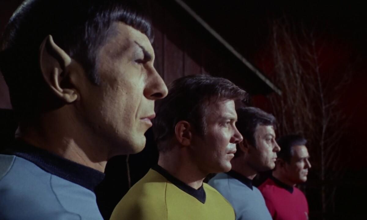 """TOS3x06 2 - Os melhores 23 episódios da série clássica de """"Jornada nas Estrelas"""" (1966-1969)"""