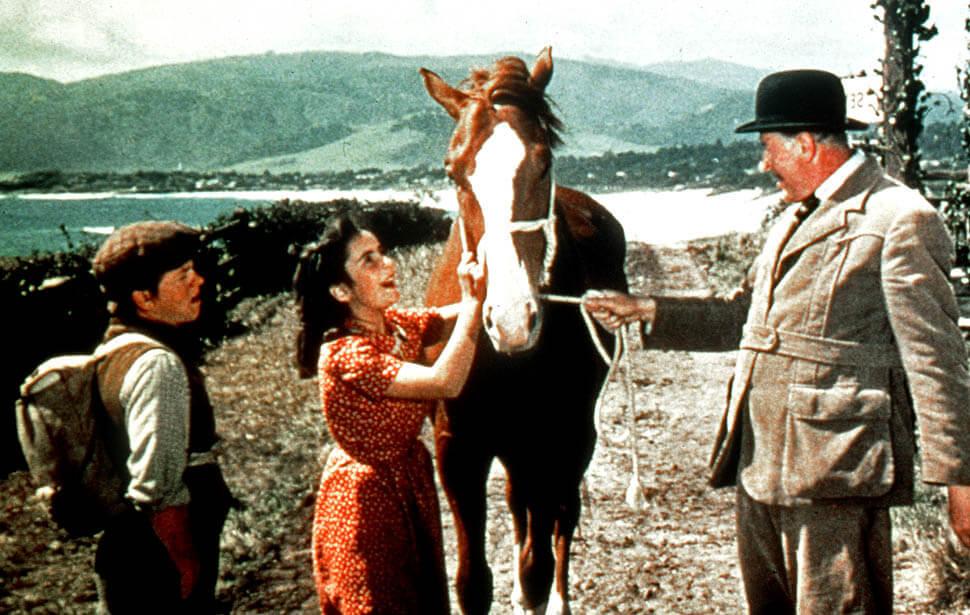 elizabeth taylor1944 hdpig6kf - Filmes em que animais roubam a cena e, acredite, roubarão seu coração