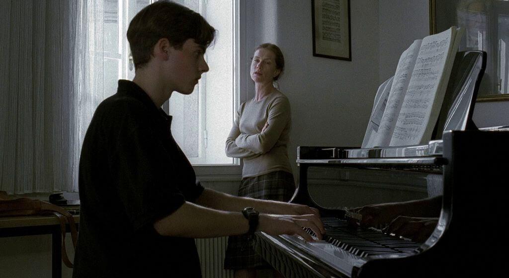 La pianiste AKA The Piano Teacher 2001 1 - 7 filmes calientes para quem vive o amor plenamente