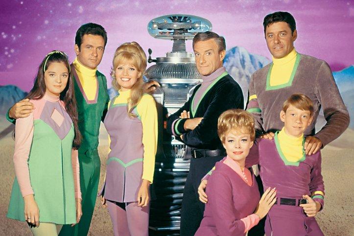 """lost in space watching superjumbo v2 - Os 12 melhores episódios da série clássica """"Perdidos no Espaço"""" (1965-1968)"""