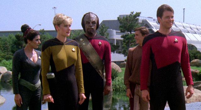 """star trek tng blu ray s1 features - Os 28 melhores episódios da série """"Jornada nas Estrelas - A Nova Geração"""" (1987-1994)"""