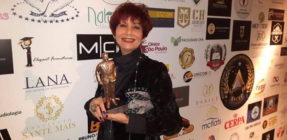 """38836059 1301921479944386 8155741908367310848 n - """"Engraçadinha Depois dos Trinta"""", de J.B. Tanko (+ entrevista exclusiva com Vera Vianna)"""