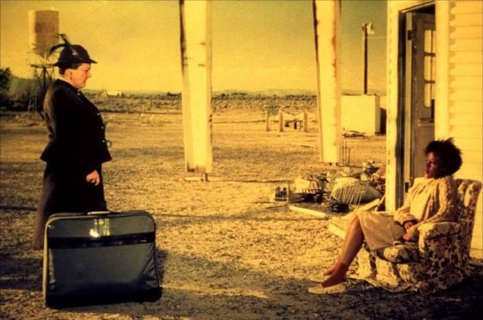 bagdad cafe 1988 06 g - FILMES e SÉRIES que farão você assinar AGORA a AMAZON PRIME