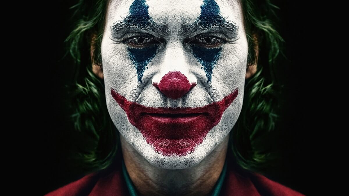 Joker hero Closeup Joaquin Phoenix Joker 2019 570286 1280x720 - Os Melhores Filmes do Ano - 2019