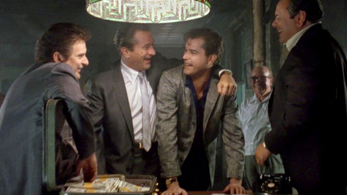 "goodfellas watching recommendation videoSixteenByNineJumbo1600 v6 scaled - ""Os Bons Companheiros"", de Martin Scorsese"