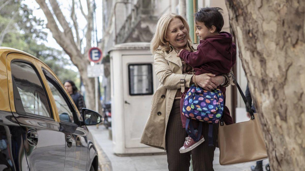 "Crimenes de familia 1 scaled - Crítica de ""Crimes de Família"", de Sebastián Schindel, na NETFLIX"
