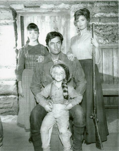 """rsw 600h 600 - Crítica nostálgica da clássica série """"Daniel Boone"""" (1964-1970)"""