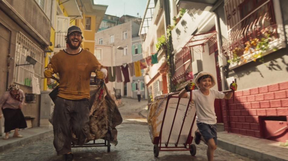 "Kagittan hayatlar 2 - Crítica de ""Filhos de Istambul"", de Can Ulkay, na NETFLIX"