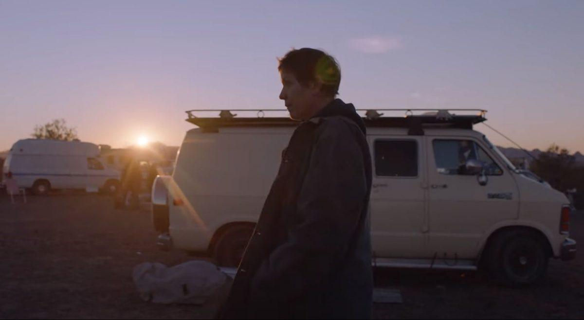 """nomadland frances mcdormand girovaga nuovo mondo trailer film chloe zhao v3 467354 scaled - Crítica de """"Nomadland"""", de Chloé Zhao, com Frances McDormand"""