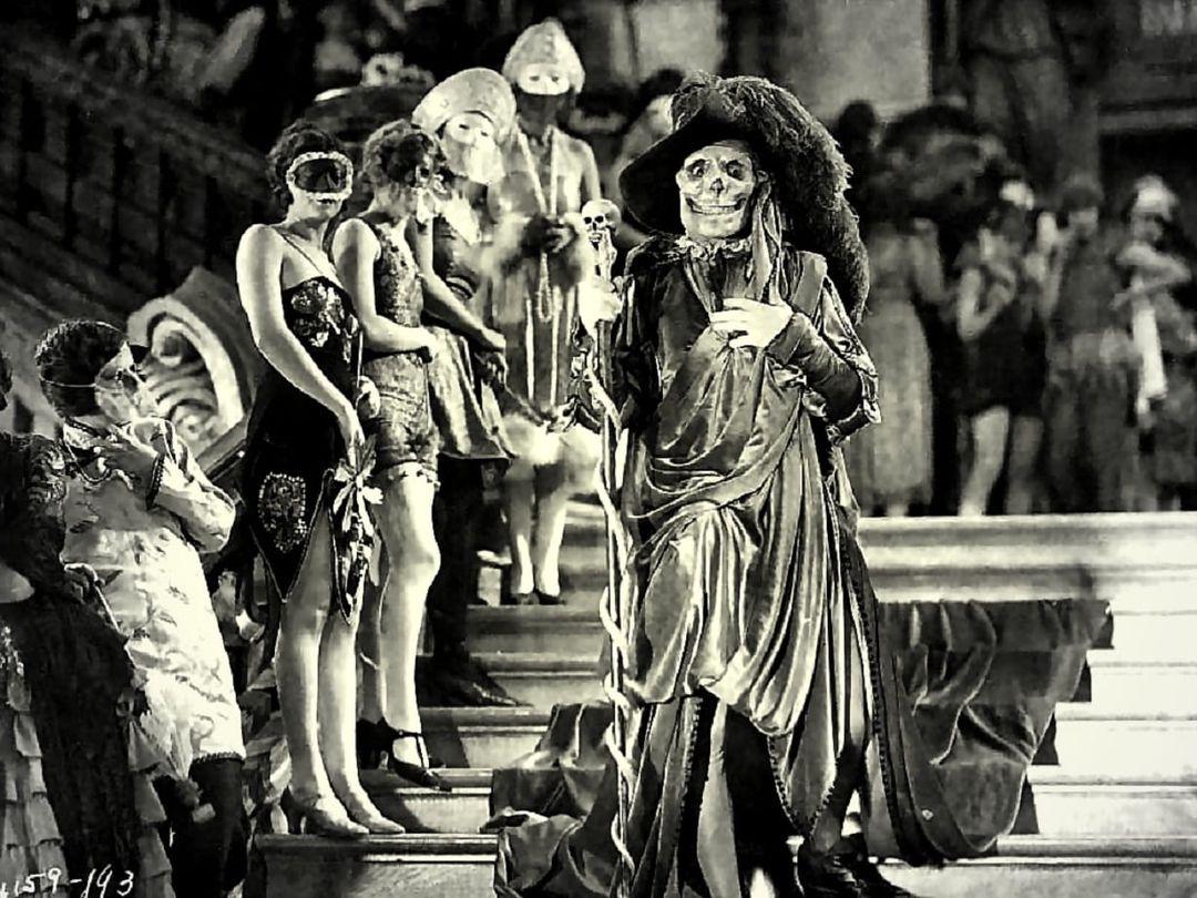 "E8pnBGGXoAUcIcJ - ""O Fantasma da Ópera"" (1925), de Rupert Julian, com LON CHANEY"