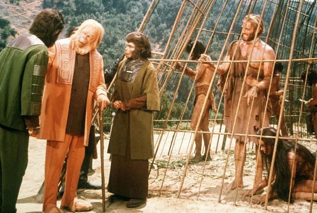 """taylor in cage - """"Planeta dos Macacos"""" (1968), de Franklin J. Schaffner"""